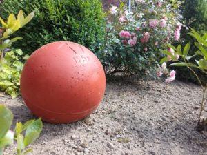 Atlas Stein - rot - Deko Blumenbeet
